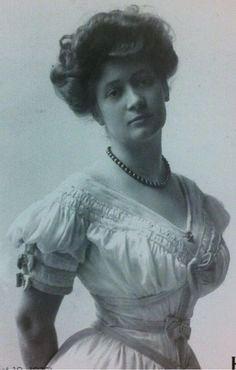Ima Hogg, circa 1908